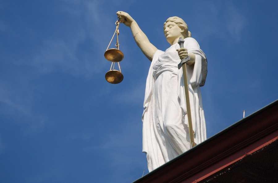 Несоответствие Конституции ч.4 ст.14 Закона от 15.05.1991 №1244-1